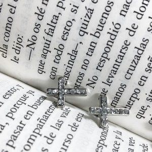 WHITE GOLD DIAMOND PAVE CROSS STUDS